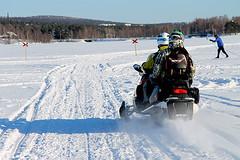 Kamil Jagodzinski - Snow mobiling vs skiing