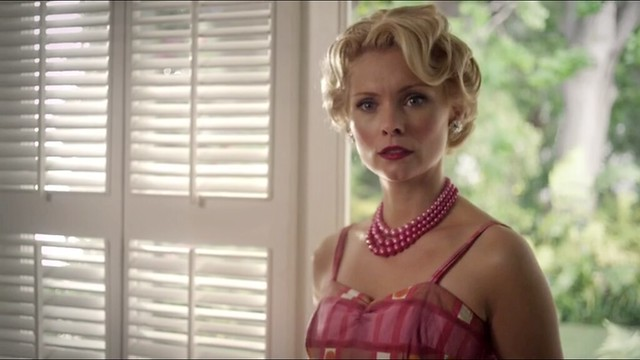 miss.marple.caribbean.mys_pink.dress+hair