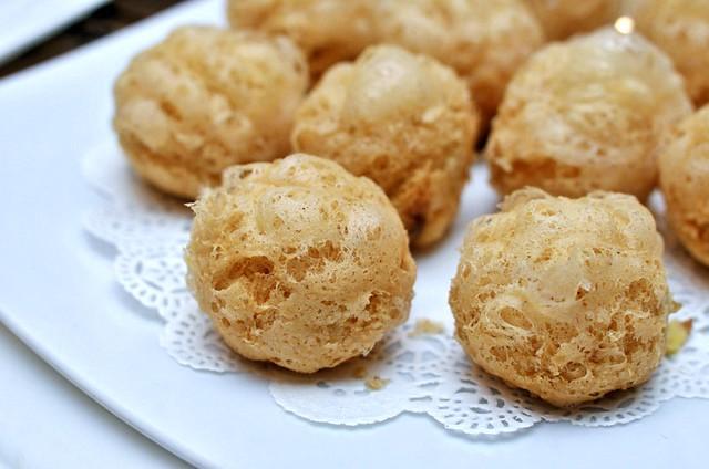 Xin Cuisine deepfried yam puffs