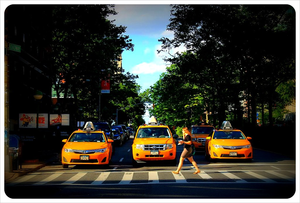 new york broadway upper west side taxis