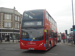 Stagecoach 10166 on Route 252, Romford Station