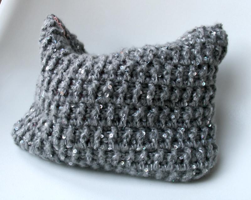 Silver pounch bag 156