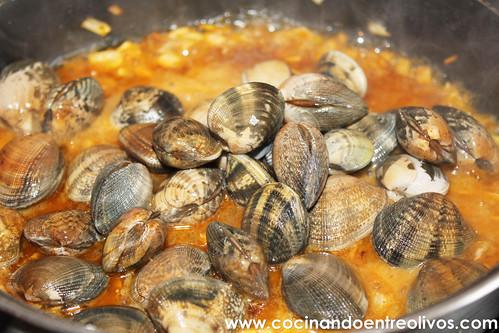 Almejas a la marinera www.cocinandoentreolivos (9)