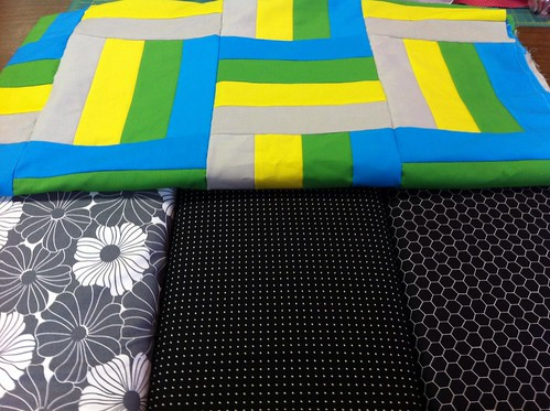 Help! Which border fabric is best?