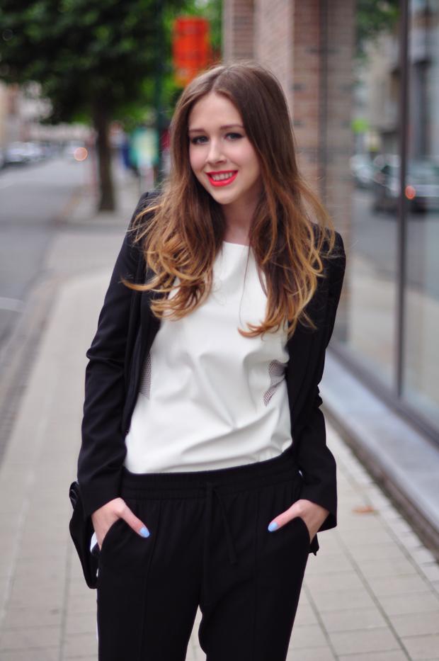 stylelab fashion blog outfit ootd monochrome sports black white detail