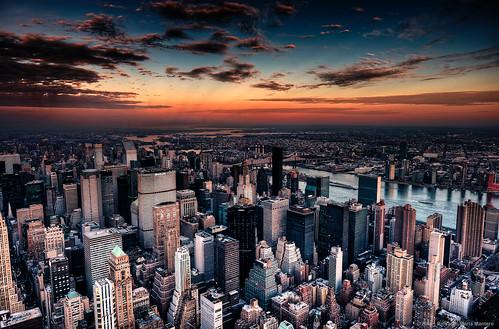 city bridge sunset sky urban newyork building architecture america river landscape view unitedstates outdoor manhattan observatory eastriver empirestatebuilding chrysler riccardo queensboro mantero afszoomnikkor2470mmf28ged
