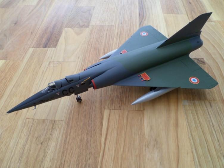 Numéro 56 [Heller Dassault Mirage IV A - 1/72] 12890258725_a7088f4f3a_b