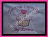 Apron 002 - Applique Cupcake with heart on top