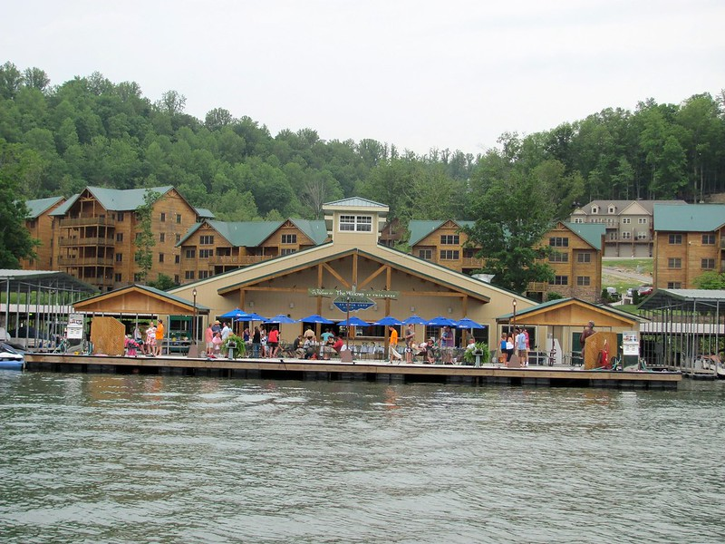 Norris Lake Tennesee Twin Cove Marina Party