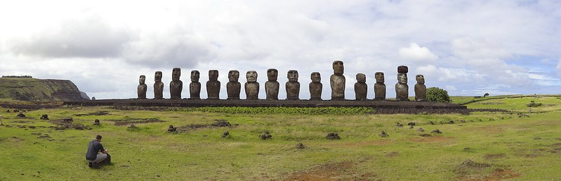 Easter island 24 147