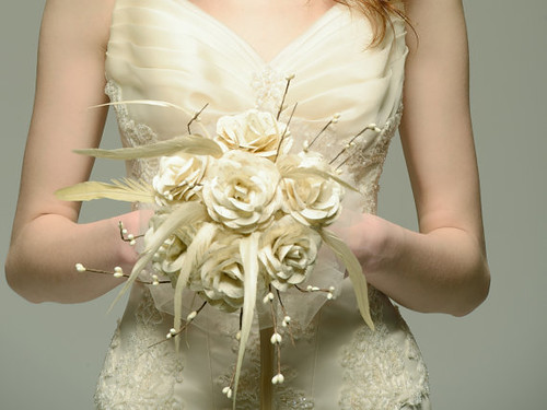 recycled-paper-bridal-bouquet