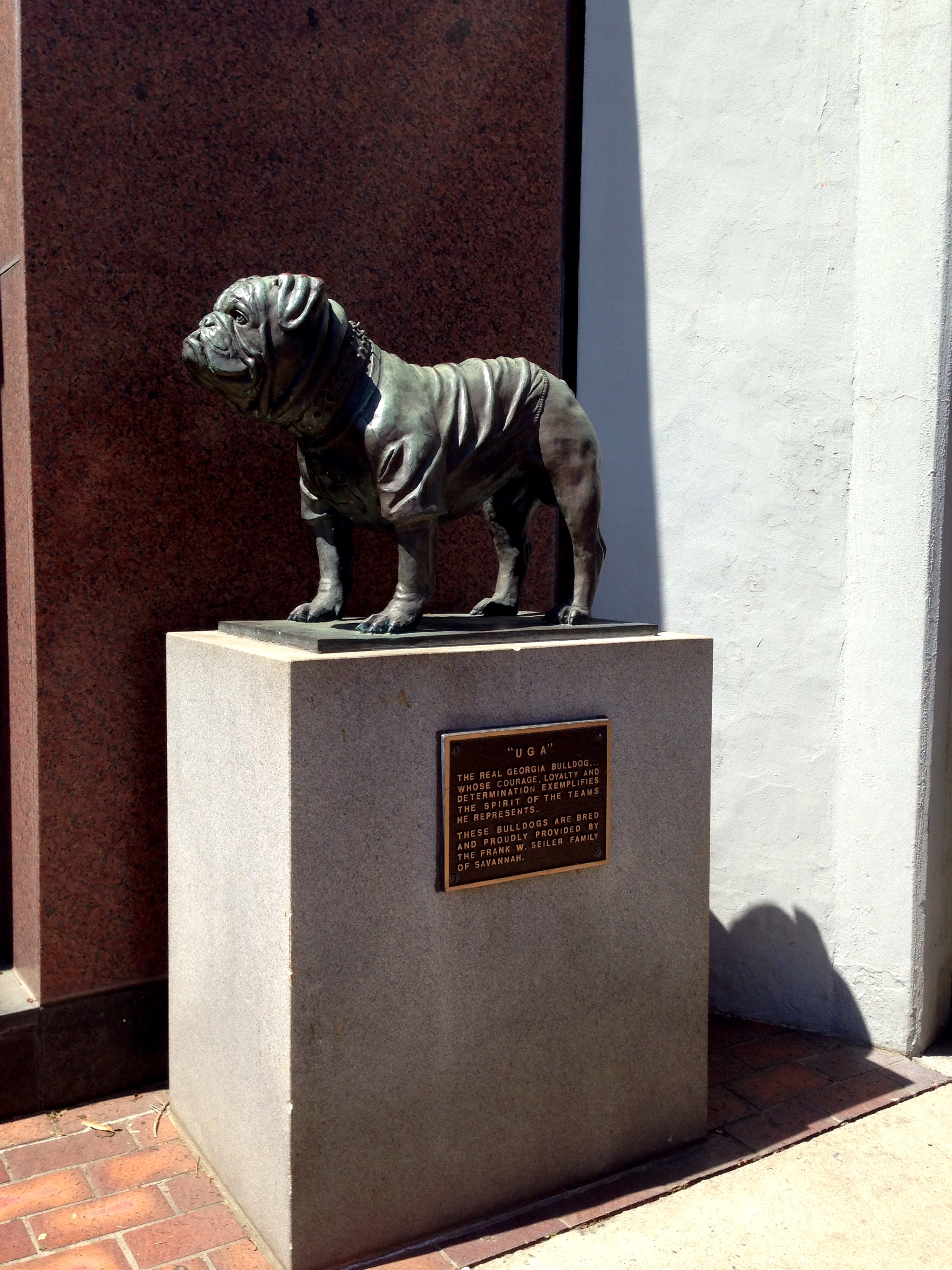 The memorial to the 1st UGA