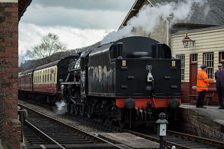 20170330-35_Black Five Engine 5MT 45407 + Train at Levisham Station
