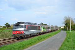 SNCF BB 67424 + Intercités 3854 te Le Langon