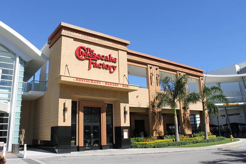 Cheesecake Factory Restaurant Dadeland Mall Miami
