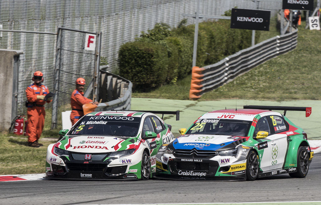 05 MICHELISZ Norbert (hun) Honda Civic team Castrol Honda WTC action 25 BENNANI Mehdi (mor) Citroen C-Elysee team Sébastien Loeb Racing action accident crash  during the 2017 FIA WTCC World Touring Car Race of Italy at Monza, from April 28 to 30  - Photo Gregory Lenormand / DPPI