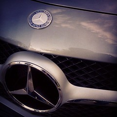 Langit senja membayang di SL 350 #benz #perfect #coupe