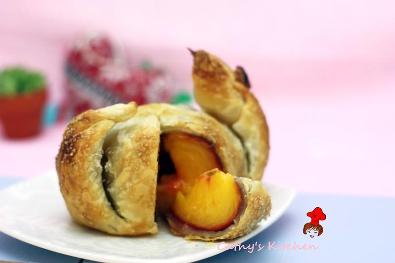 蜜桃酥烤包 Peach Dumpling 4