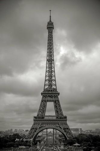 Torre by José E.Egurrola/www.metalcry.com