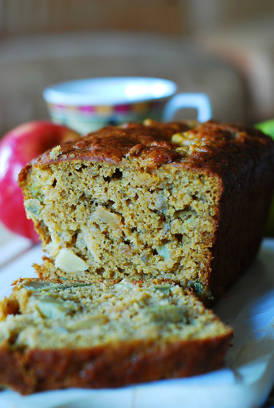Pumpkin banana bread with apples, breakfast banana bread, dessert banana bread, Greek yogurt banana bread
