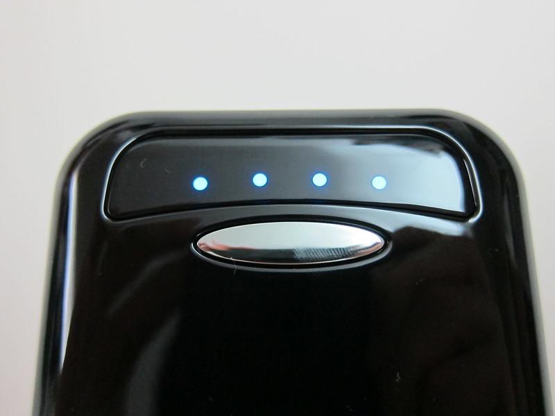 Anker Astro E4 - Battery Level Indicator