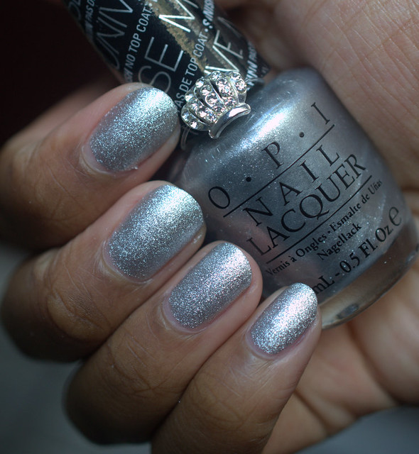OPI The Gown Needs A Crown