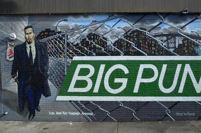 Graffitis de Big Pun, en el Bronx de Nueva York, visita imprescindible que se ve en la excursión de Contrastes de Nueva York