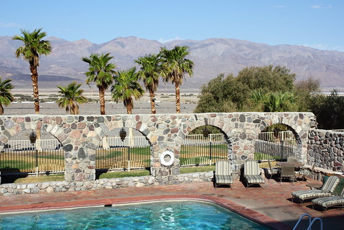 Furnace Creek Inn pool