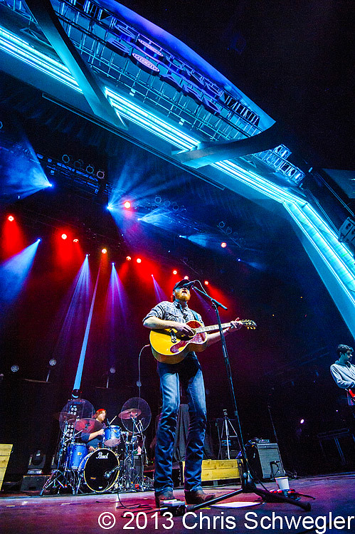 Photos of eric paslay from november 14th 2013 at sound for Motor city casino com stay