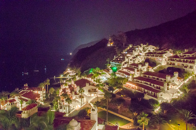 Hamilton Cove (Catalina Island), by night