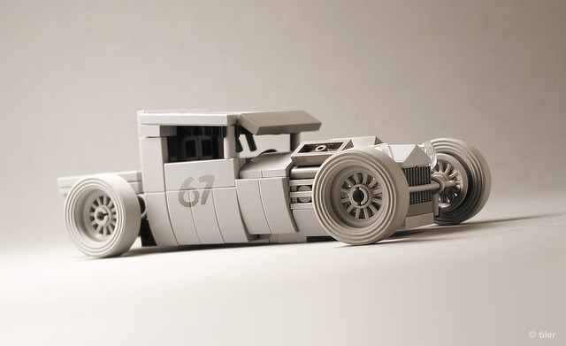 Mike Burroughs' BMW-Powered 1928 Ford Model A in Lego  –  Desert dusty version _/ 03