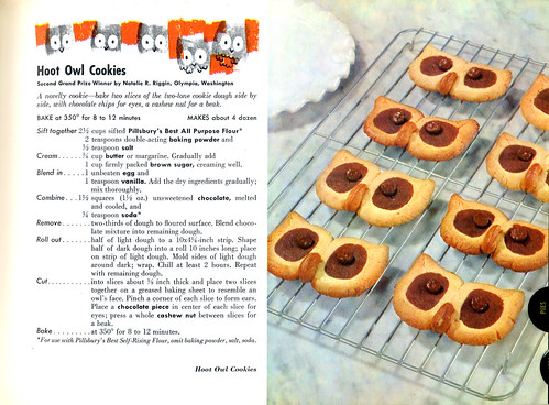 Pillsbury bake Off Cookbook - 30