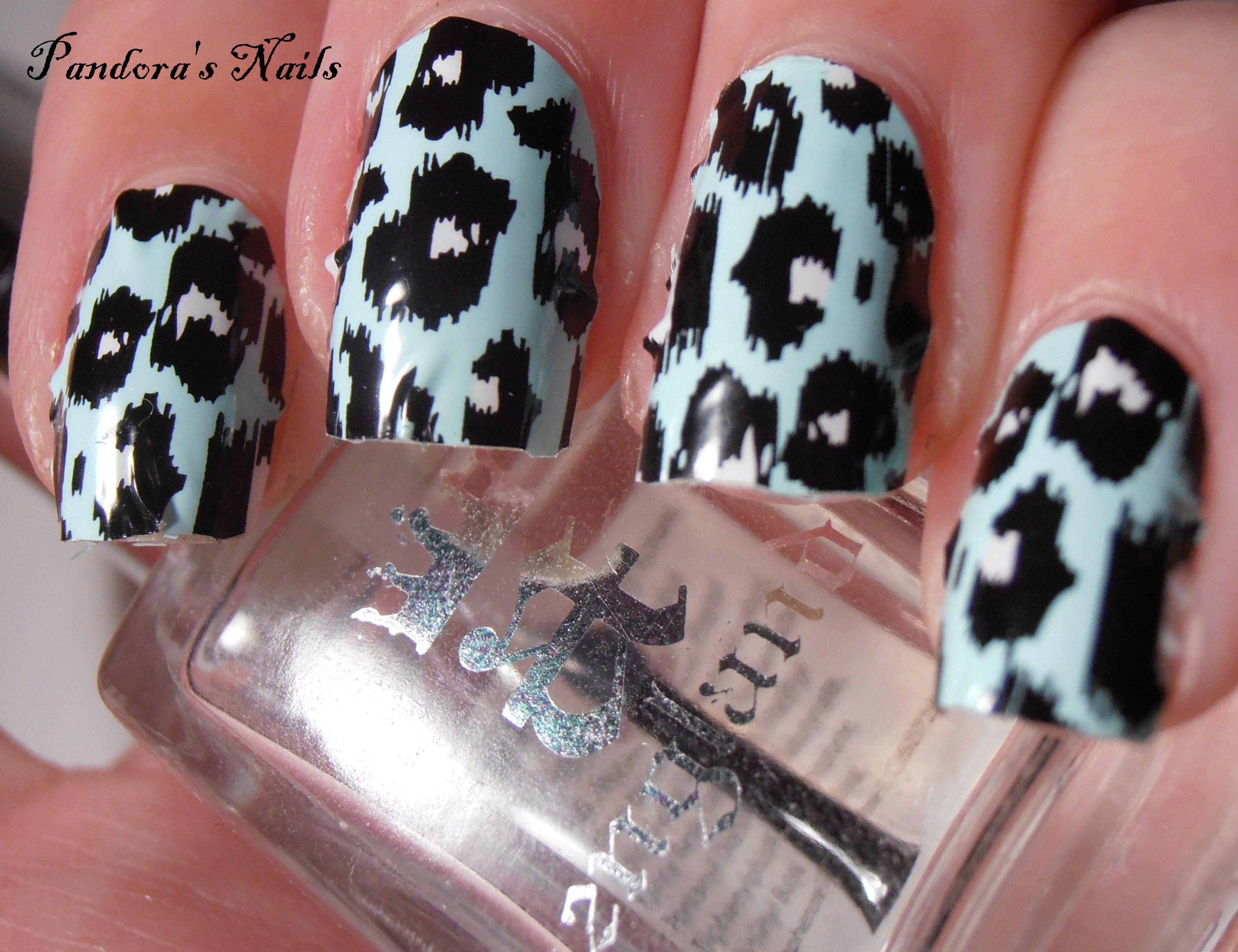 leopard aqua