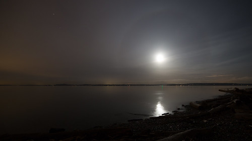 longexposure sky reflection beach water night clouds canon washington cloudy horizon earlymorning halo shore pacificnorthwest pugetsound 169 pnw discoverypark manitoubeach canoneos5dmarkiii samyang14mmf28ifedmcaspherical