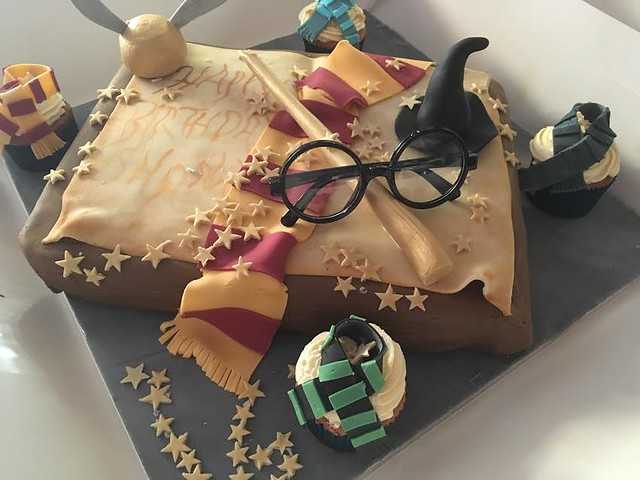 Harry Potter Themed Cake by Helen Crawford