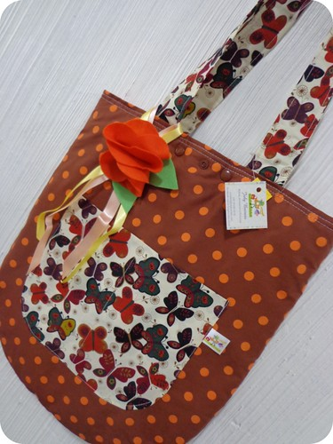 Tote Bag by July Barreto