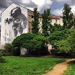Who wants a spaceman maxi stencil in their backyard? Astronaut Cosmonaut, a legal piece by Victor Ash (or just Ash) that was part of the Backjumps 2007 exhibition. One of the largest stencils in the world here in Berlin #Kreuzberg