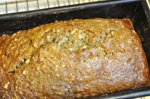zucchini bread/lemon & almonds 18