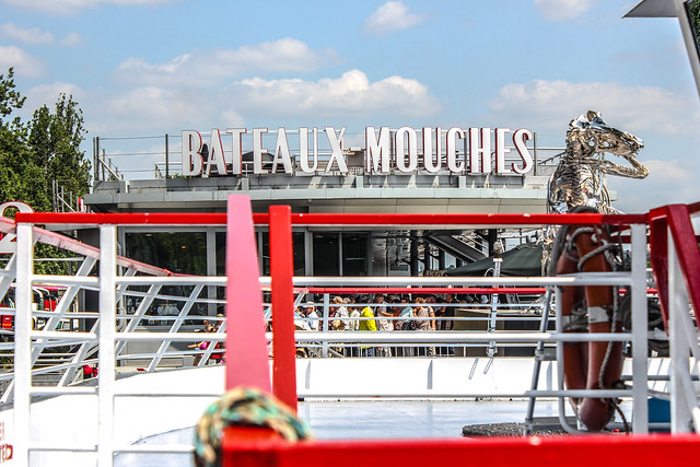 Bateaux Mouches de París