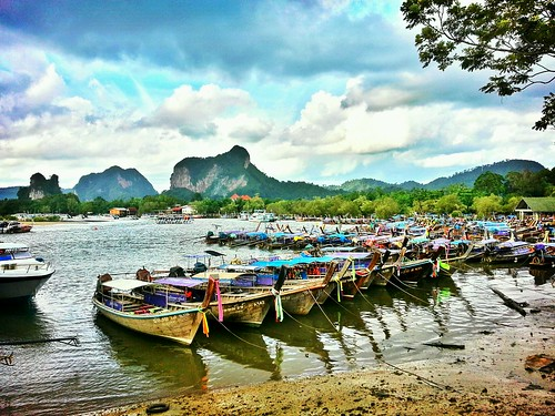 the colorful boats by WeeLing wl