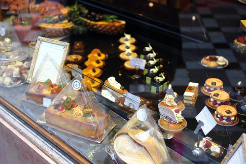 Patisserie cakes and goodies at Passage Jouffroy