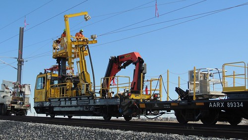 Photo of overhead wire installation machine on East Rail Line