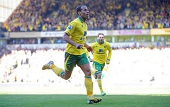 "Norwich City FC winger Elliott Bennett has hailed Chelsea Football Club manager Jose Mourinho as a ""tactical magician"" Full article: http://bit.ly/1i8BR4s"