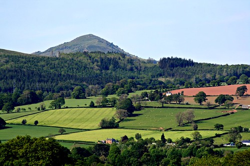 Skirrid (Dickie-Dai-Do)