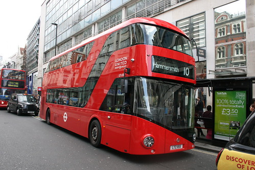 London United LT155 on Route 10, Oxford Circus