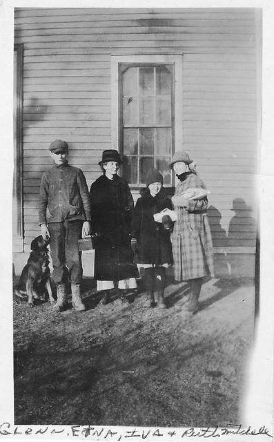 Glenn, Etna, Iva, and Ruth Mitchell