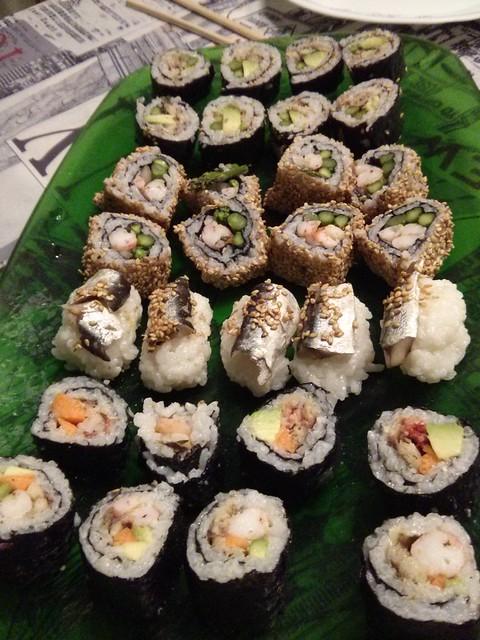 bandeja sushi casero maki roll #comidas #sushi
