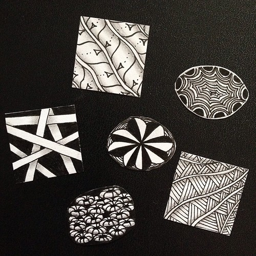 Tiny tangled stickers. #zentangle #tangle #zia #crescentmoon #festune #hollibaugh #shattuck #finery #gneiss