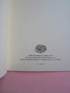 Fogli di via, di Tullio Pericoli. Einaudi 1976. Responsabilità grafica non indicata [Bruno Munari]. Pagina dello stampatore: a pag. 75 / recto della carta di guardia post. (part.), 1