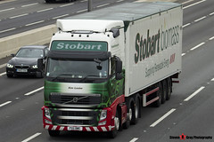 Volvo FH 6x2 Tractor with Biomass 3 Axle Walking Floor Trailer - PX11 BWE - H8504 - Kim Louise - Eddie Stobart - M1 J10 Luton - Steven Gray - IMG_3773